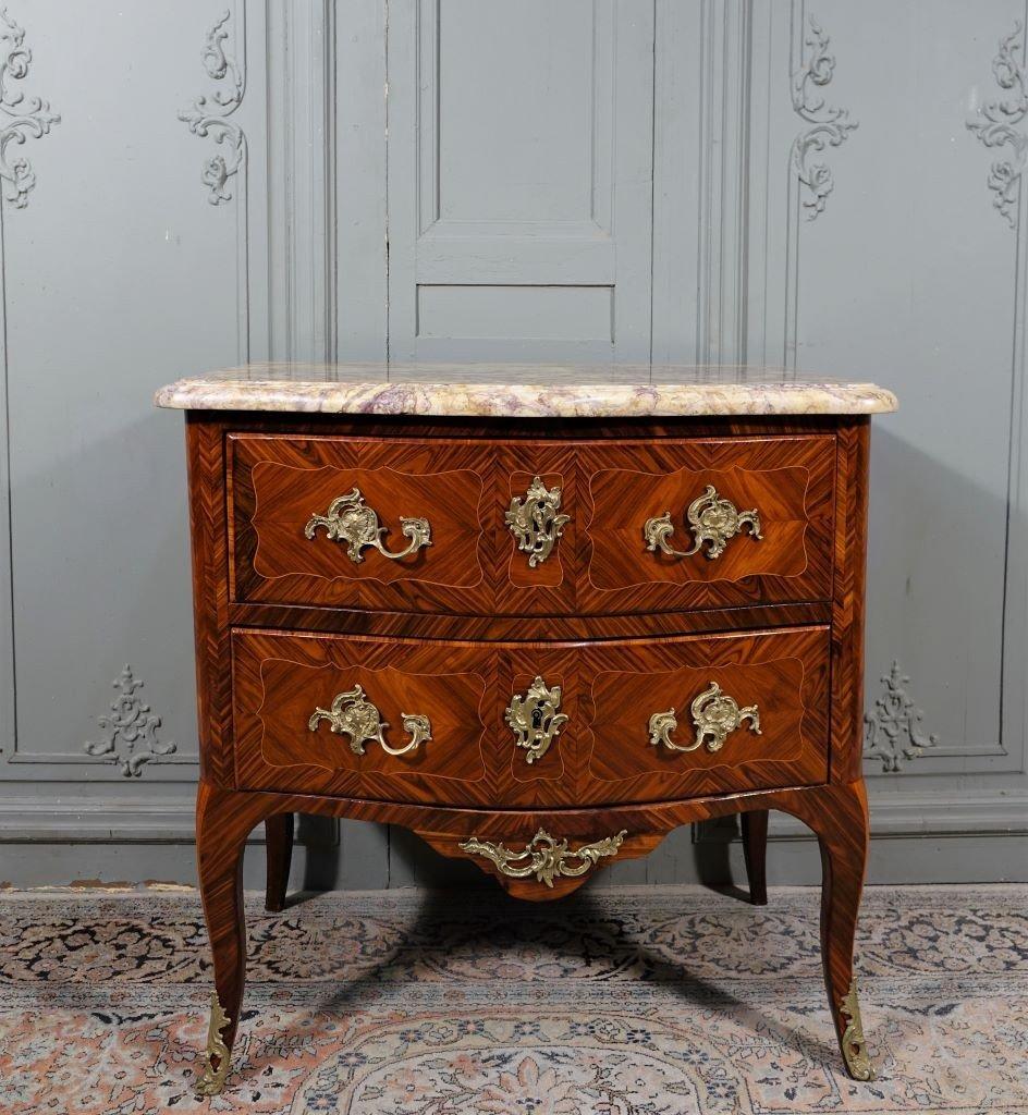 Commode d'époque Louis XV Estampillée J.tuart