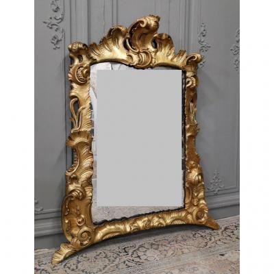 Miroir Italien En Bois Doré d'époque Louis XV. Milieu XVIIIème