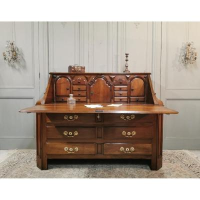 Important Scriban In Solid Walnut Louis XIV Period. Late 17th Century / Early 18th Century