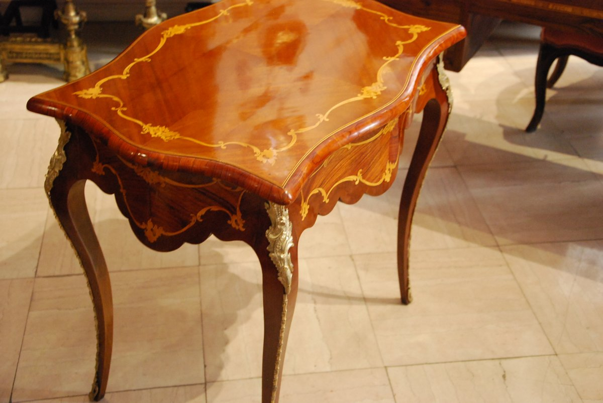 19th Salon Table-photo-1