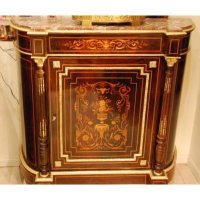 Bahut de style Louis XVI d'Entre Deux Fin 19ème