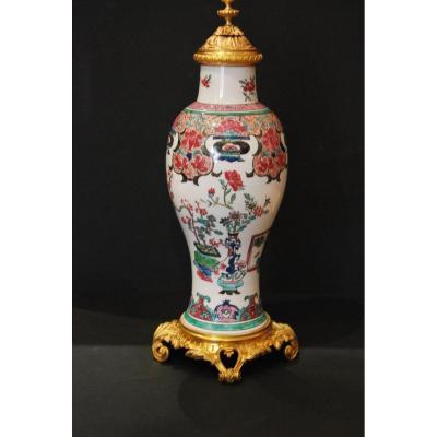 Chinese Porcelain Vase 19th