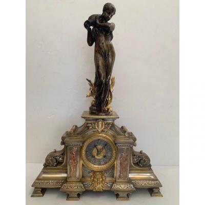 Pendule En Bronze Nymphe à La Fontaine des innocents d'époque Napoléon III