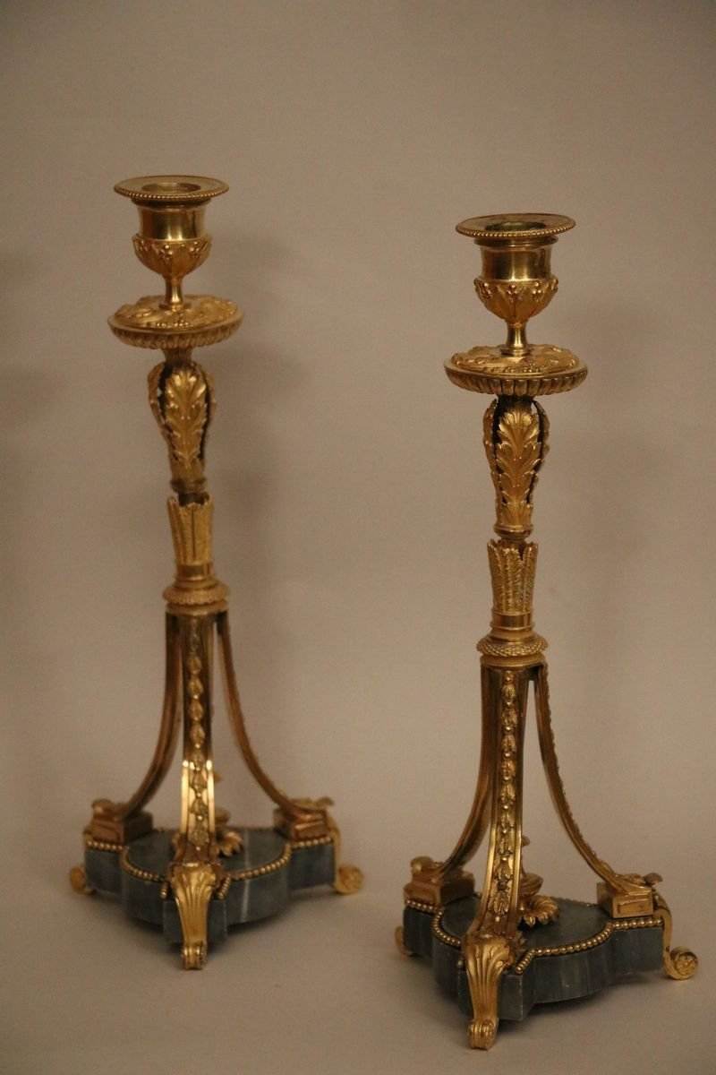 Pair Of Candlesticks In Gilt Bronze And Chiseled Forming A Quiver In The Ancient