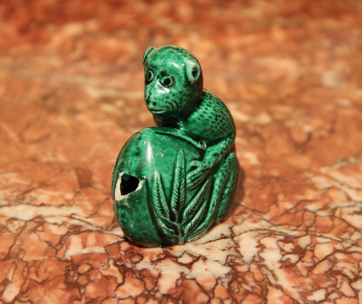Compte-gouttes En Forme De Singe, Porcelaine De Chine, époque Kagnxi