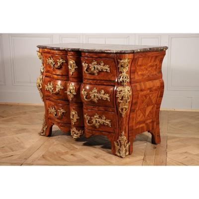 Forte Commode Tombeau, Entourage De Doirat