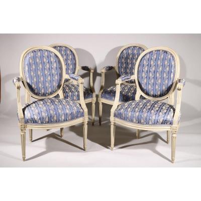 Suite Of Four Medallion Back Armchairs In Molded And Carved Gray Lacquered Beech