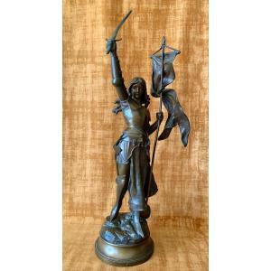 Sculpture De Jeanne D'arc en bronze, signée Hippolyte Moreau 1832-1927.