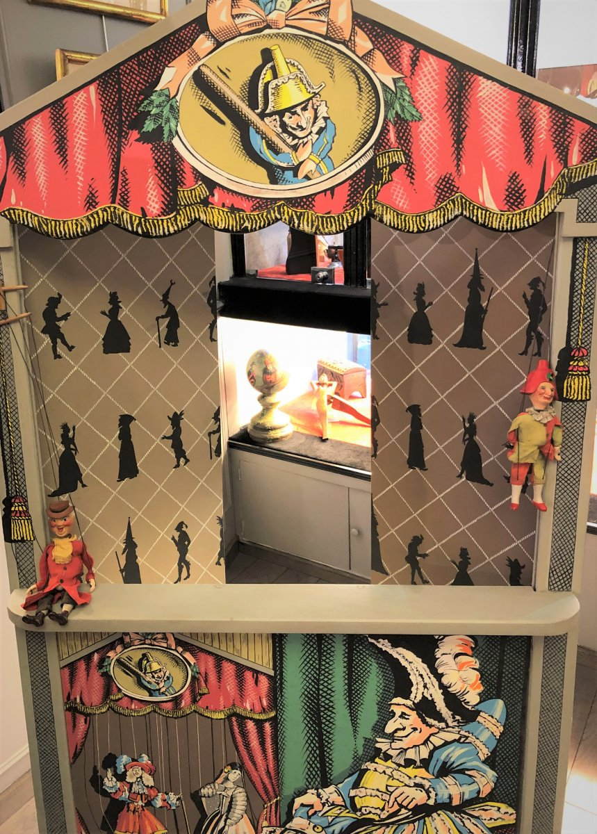 Large Children's Puppet Theater