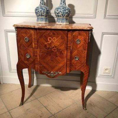 Early 20th Century Marquetry Transition Style Chest Of Drawers