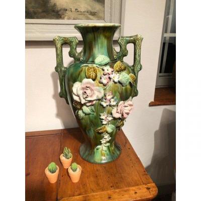 Grand vase «Barbotine» décor floral XIXe