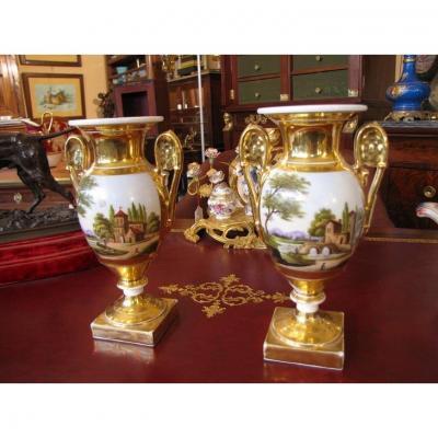 Paire De Vases Dorés