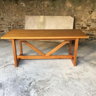 Gande Table Rectangulaire En Pin Des Années 1950 entièrement restaurée.