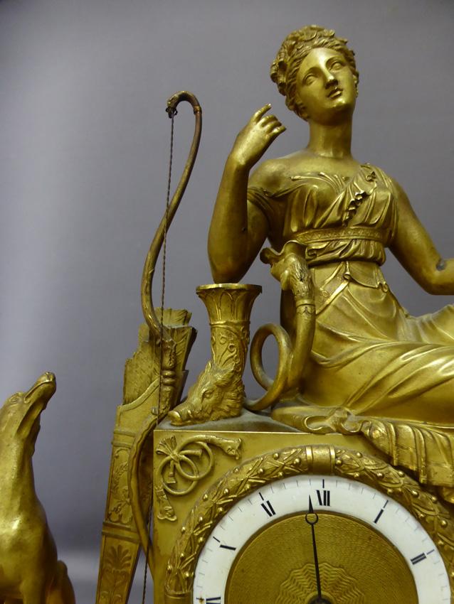 Pendule En Bronze Doré époque Empire-photo-1