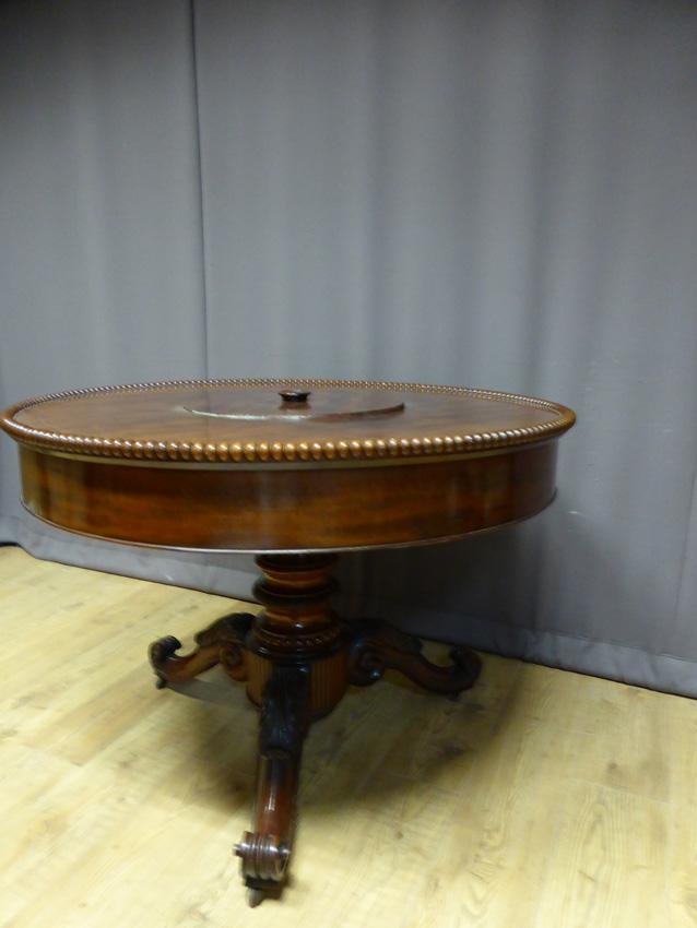 Pedestal Table XIX-photo-1