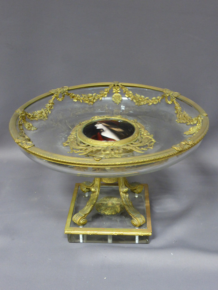 Crystal And Bronze Cup XIX
