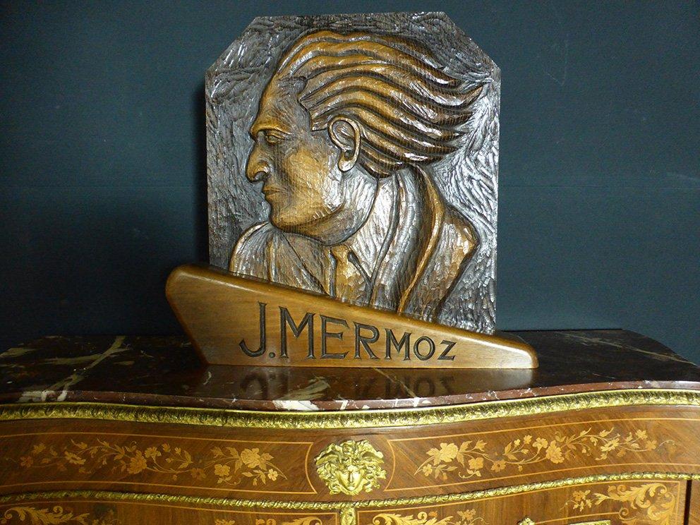 Panneau Sculpté à l'Effigie De Mermoz