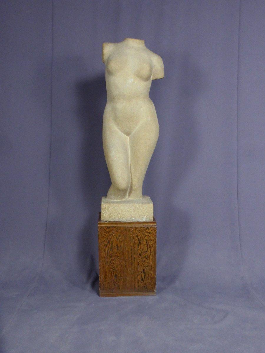 Sculpture En Pierre Signée Tajana André