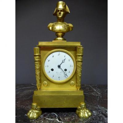 Pendule En Bronze Doré XIX