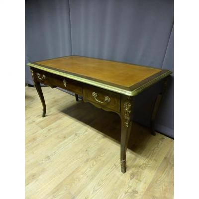 Bureau De Style Louis XV Estampillé Mailfert