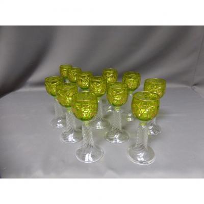 Suite De 12 Verres En Cristal à Vin Du Rhin