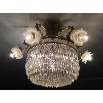 Ceiling Lamp Gilt Bronze And Chiseled With 6 Lights Finished By Tulips In The Shape Of Roses