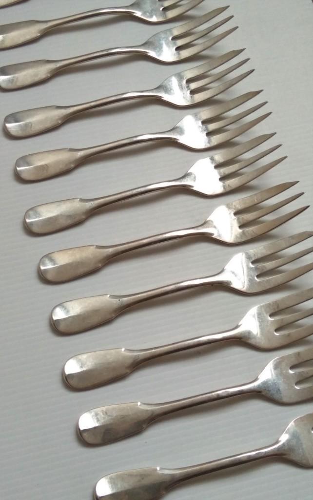 12 Fourchettes à Gâteau En Argent Modèle Uniplat (vieux-paris)