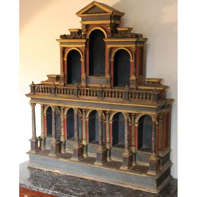 Cabinet De Curiosités Italien En Bois Peint Du XVIIème Siècle