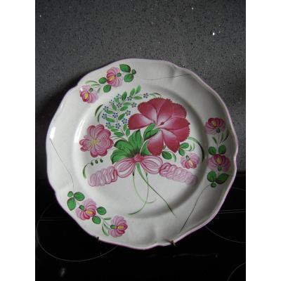 Plat à Décor Floral En Faience Des Islettes, Début XIXème Siècle.