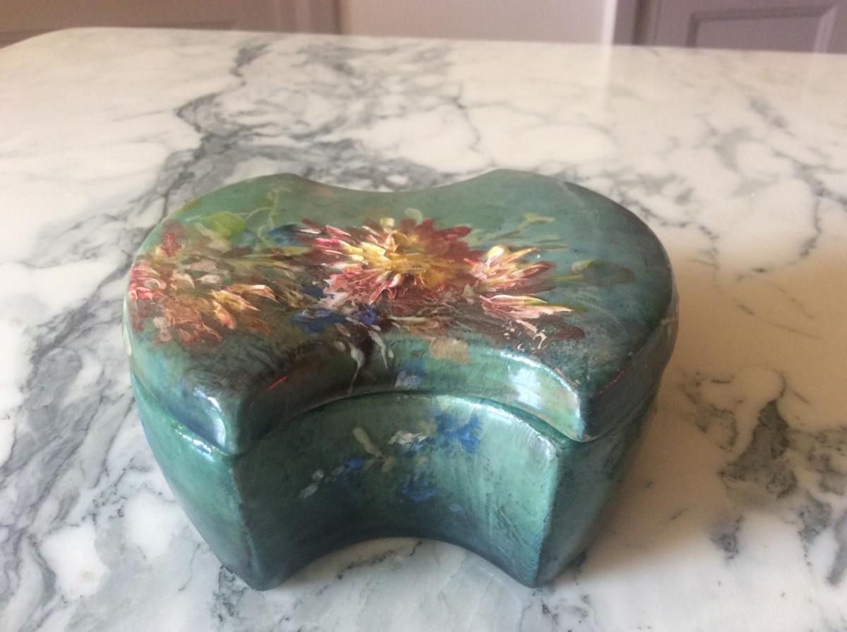 Bonbonnière En Barbotine Impressionniste De Montigny Sur Loing Décor De Fleurs