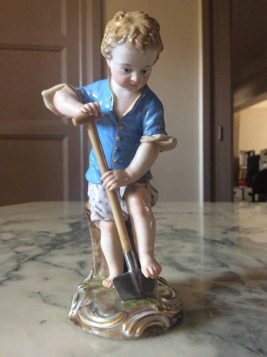 Porcelain Figurine Meissen Representative A Gardener.