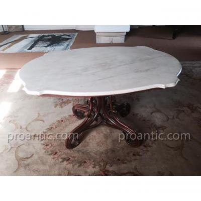Table De Thonet