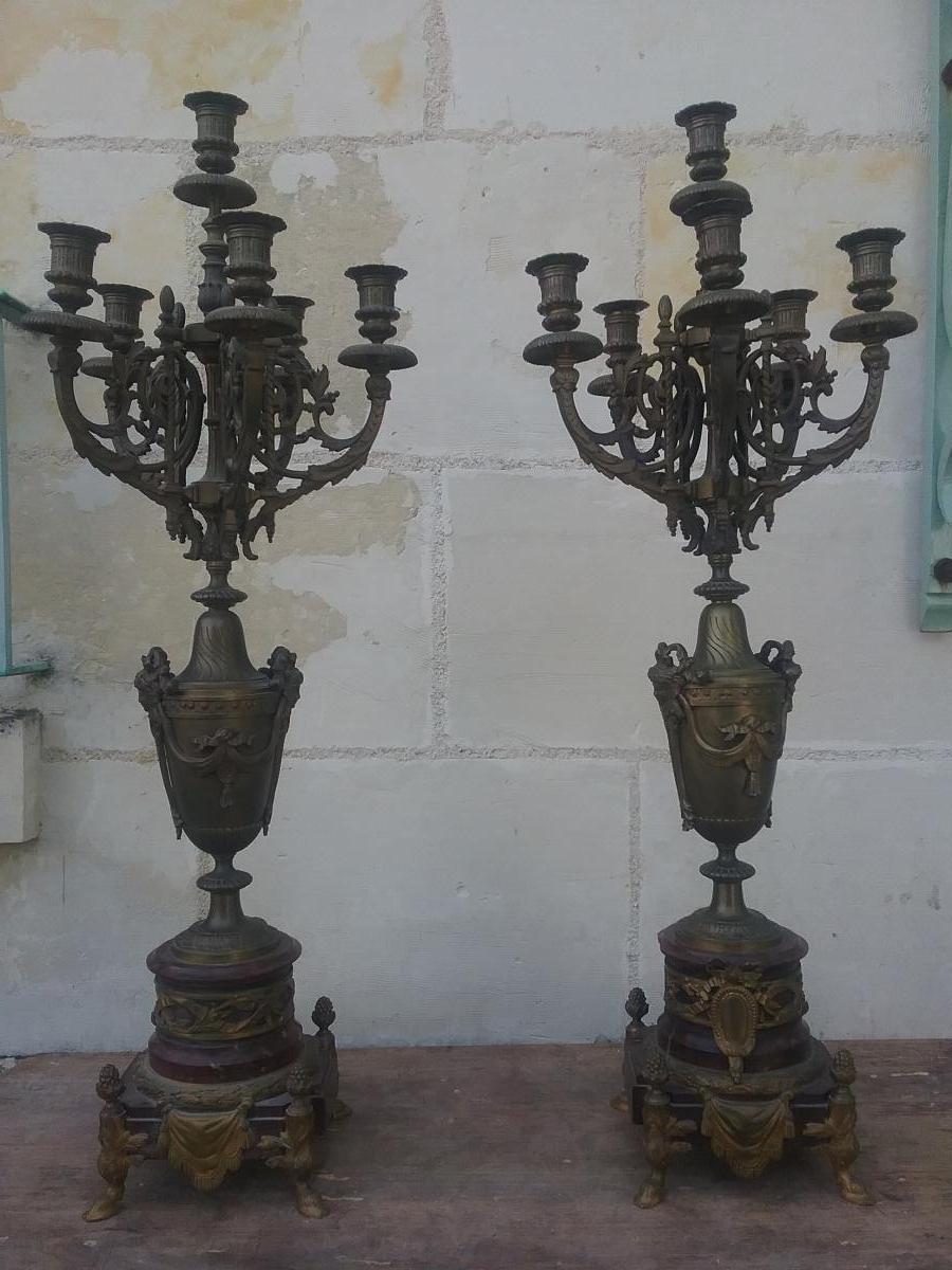 Paires De Chandeliers  En Marbre Rouge Griotte En Bronze