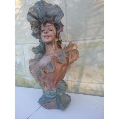 Buste De Jeune Fille Art Nouveau En Terre Cuite