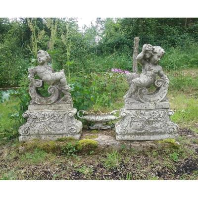 Pairs Of Putti (angelots) On Stone Base