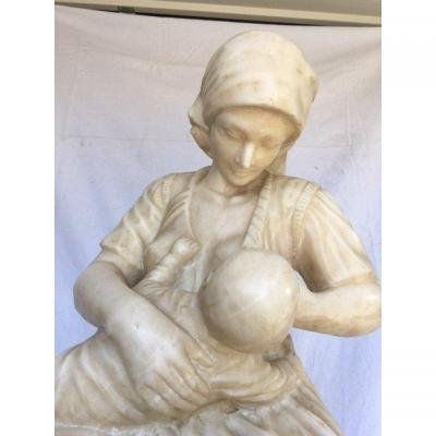 Statue Marbre Et Socle Femme allait l'Enfant