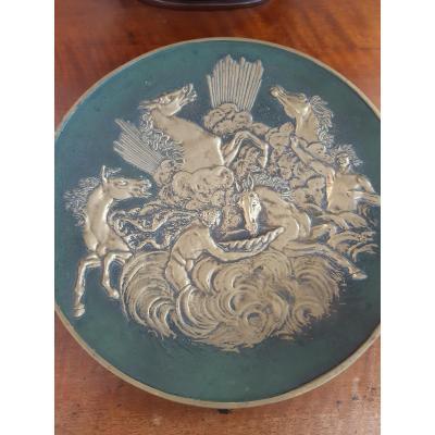 Plat décoratif  En Bronze signée Max Le Verrier