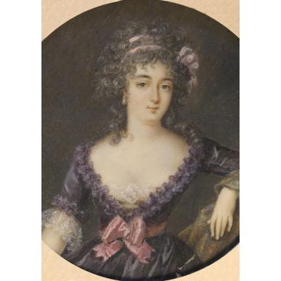 François Dumont (1751-1831) attr. à, Portrait de femme, miniature sur ivoire, fin du XVIIIe s.