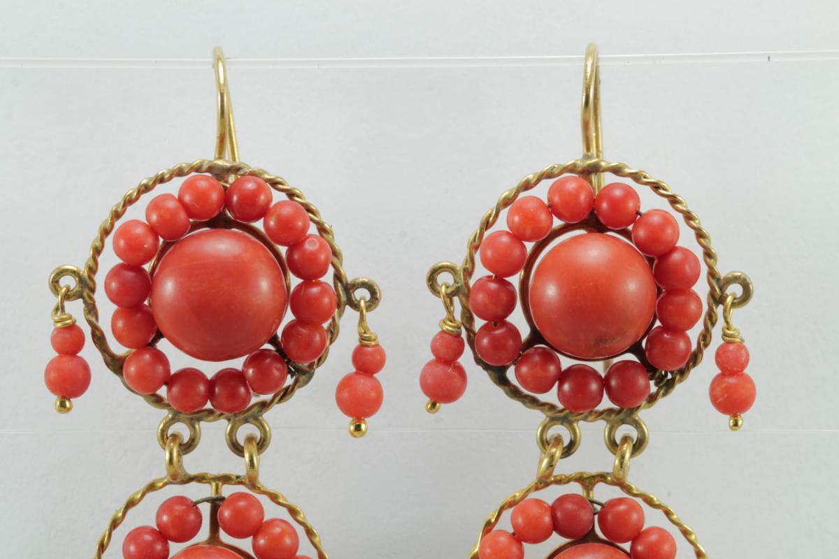 Boucles d'Oreilles Anciennes Or Corail