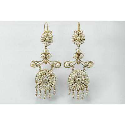 Antique Pearls Gold Earrings