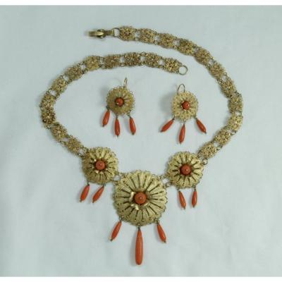 Antique Gold Filigree Coral Necklace Earrings Set