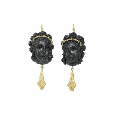 Antique Onyx Cameos Gold Earrings
