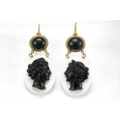 Antique Onyx Cameos Coral Gold Earrings