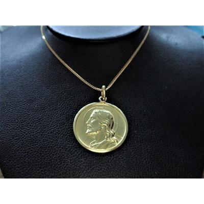 Médaille Christ Or 18 Carats