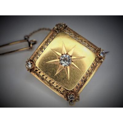 Art Deco Brooch Set With 18k Gold Diamonds