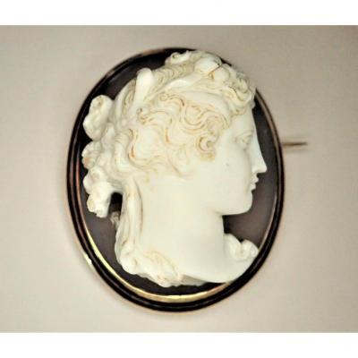 Cameo Brooch On Agate Mounted On 18k Gold Late Nineteenth