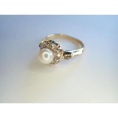 Diamond And Pearl Ring 18 Carat Gold Late Nineteenth