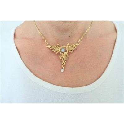 Art Deco Pendant Gold And Opals With Its Chain