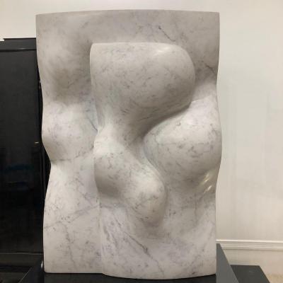 grande sculpture en marbre de Carrare par le sculpteur belge Herman Bockstaele(1953)