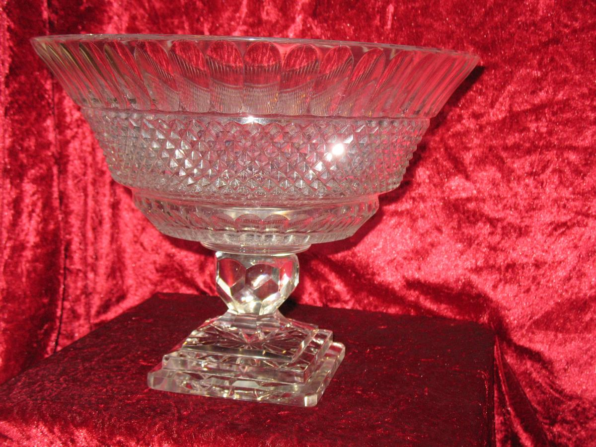 Large Cup On Foot Center Table Crystal Baccarat